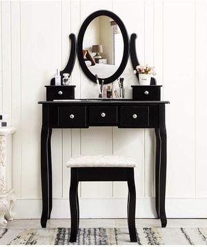 Vanity table for Sale in Los Angeles, CA