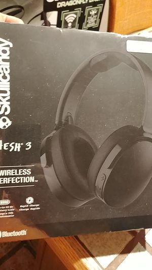 Skullcandy hesh 3 Bluetooth headphones brand new in box Father's day gift for Sale in Miramar, FL