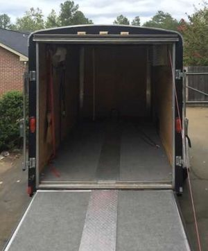 Trailer haulmark 2007 for Sale in Fresno, CA