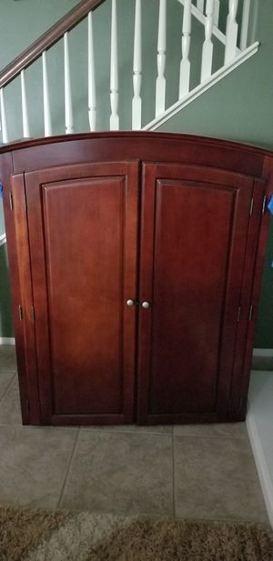 FREE closet/TV stand for Sale in San Jacinto, CA