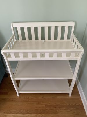 Convertible 2-in-1 Changing Table in French White for Sale in Mechanicsville, VA
