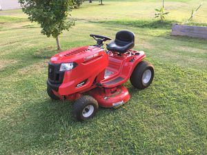 Troy-Bilt Tractor Mower (Like New) for Sale in Murfreesboro, TN
