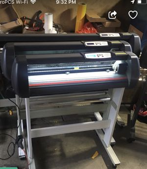 "28""vinyl Cutter Seikitek 870T -& All in One Lenovo Wnd 8 Master Sign for Sale in Corona, CA"