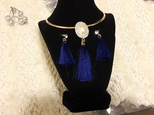 Pearl and Royal Blue Jewelry set for Sale in Oak Lawn, IL