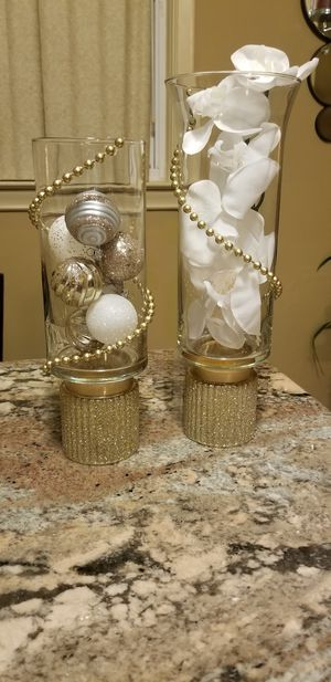 A pàir of elegant candle or decor holders for Sale in Dearborn Heights, MI