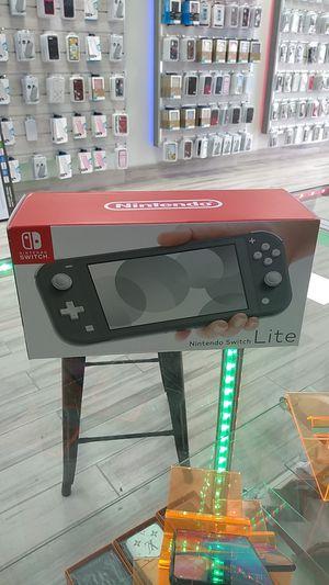Nintendo switch lite for Sale in Sanford, FL