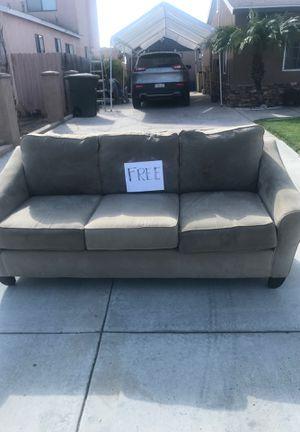 Free sofa for Sale in Chula Vista, CA