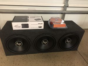3 12 Audiopipe subs in box with car amp and wires New for Sale in Norridge, IL