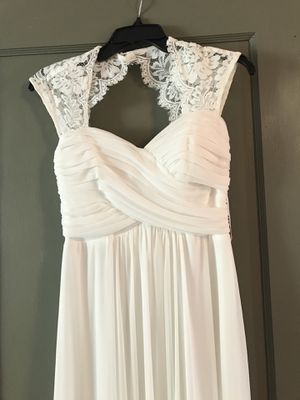 Price Reduced!! Size 4 beautiful wedding/formal dress for Sale in Cashmere, WA