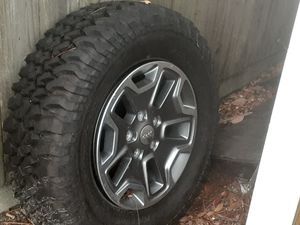 5 2017 Jeep Rubicon rims for Sale in Pensacola, FL