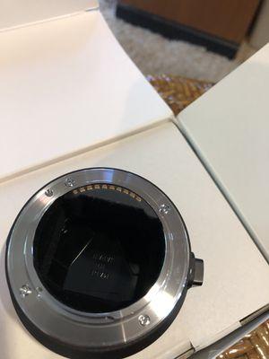 Sigma converter mc-11 (canon EF lens to Sony camera e mount) for Sale in Umatilla, FL