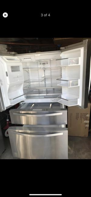 Appliances whirlpool fridge for Sale in Covina, CA