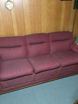 Pull out couch for Sale in Aliquippa,  PA