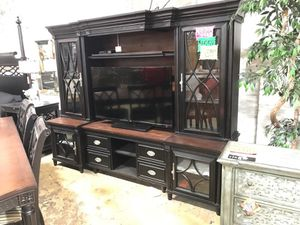 Large aspen tv stand for Sale in Portland, OR
