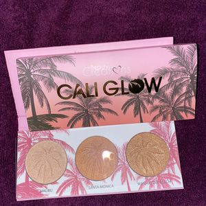 Beauty Creations Cali Glow Palette for Sale in Buffalo, NY