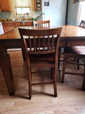 Wood dining table set (8 chairs) for Sale in Metairie, LA