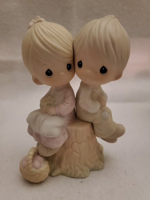 Precious Moments 1978 *Vintage* Figurine : Love One Another