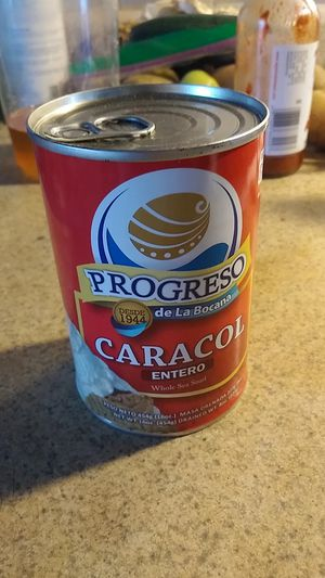 Lata de caracol. 454g for Sale in National City, CA