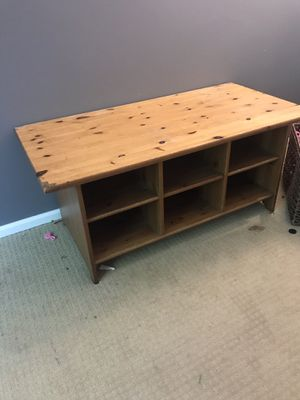 Free coffee table-great for playroom toys and bins for Sale in Kent, WA
