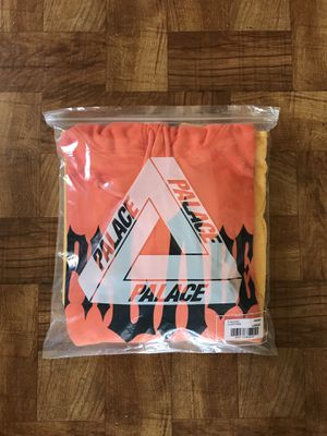 PALACE Los Angeles Hippy Hoodie LA Exclusive Large Orange/Yellow for Sale in Los Angeles, CA