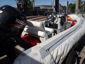 Inflatable Boat 14 Center Console for Sale in Miami, FL