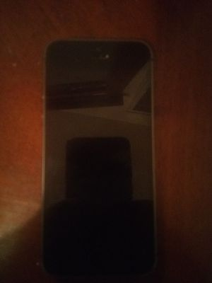 Space gray I phone 5 for Sale in Montgomery, AL
