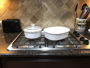 Pyrex set with plates and serving dish for Sale in Cedar Park, TX