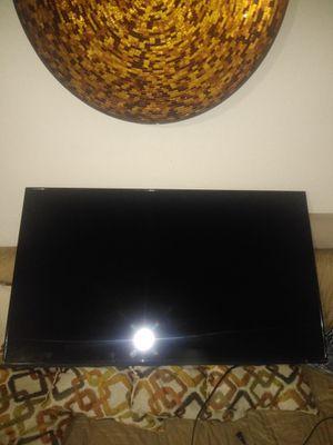 55 INCH VIZIO SMART TV for Sale in Bell Gardens, CA