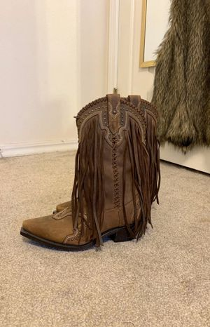 Fringe cowboy boots size 8 for Sale in Fresno, CA