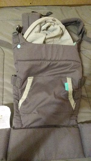 Baby carrier for Sale in Riverside, CA