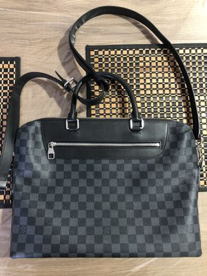 Louis Vuitton Messenger Bag for Sale in North Miami, FL
