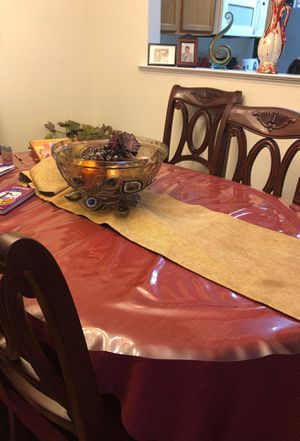 Dining Table and chairs and bowl for $600 only for Sale in Alexandria, VA