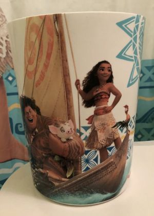 Moana waste basket for Sale in Miramar, FL