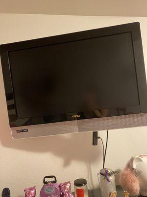 32inch vizio tv for Sale in Los Angeles, CA