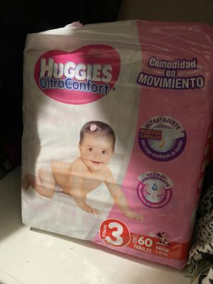 Size 4 girl diapers for Sale in Spring Valley, CA