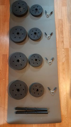 40lbs Adjustable Dumbbell set 2x handles 4x7.5lbs 4x2.5lbs Brand new for Sale in Montebello, CA