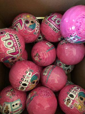 Box of 14 OL Surprise Lil Sisters Balls LOL for Sale in Carol Stream, IL