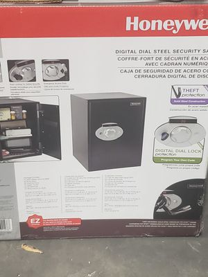 Honeywell digital safe for Sale in Orlando, FL