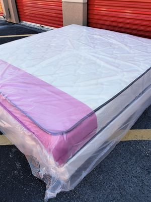 NEW KING MATTRESS AND BOX SPRING, Bed frame is not included for Sale in Lake Worth, FL