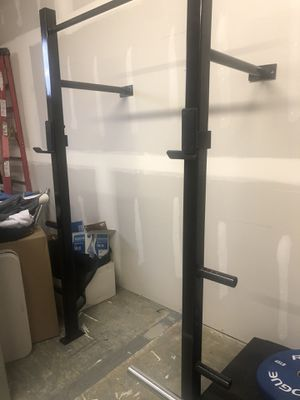 Custom built squat rack with pull up bar for Sale in Auburn, WA