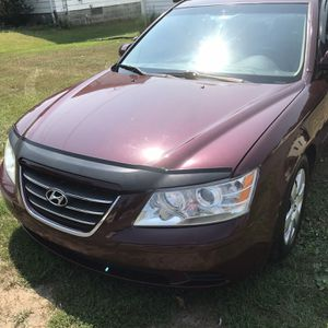 Hyundai(standard Car) for Sale in Waterbury, CT