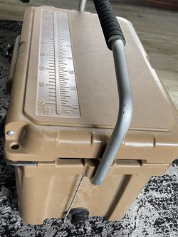 Porto Type Extreme Weather Condition Cooler for Sale in Auburn,  WA
