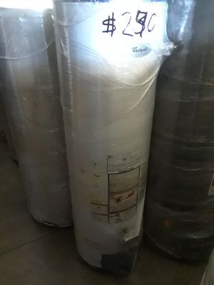 water heater 30 galones 6 meses de garantia for Sale in Los Angeles, CA