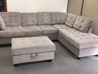 COSTCO Grey Chenille Sectional Couch And Ottoman for Sale in SeaTac,  WA