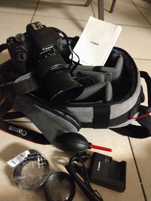 Canon 2000D/ T7 for Sale in HALNDLE BCH, FL