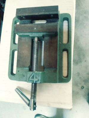 """4"""" drill press vise for Sale in Temecula, CA"""