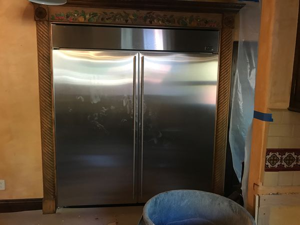 GE monogram refrigerator freezer 6 feet wide