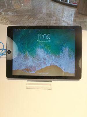 iPad Air 2 16gb pristine condition for Sale in Fairfax, VA