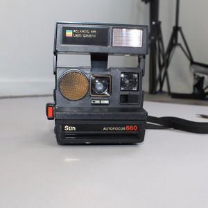 Vintage 70s Polaroid 600 Land Camera for Sale in Phoenix, AZ