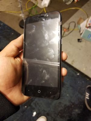 Zte - boost Mobile ( missing battery ) as is for Sale in Compton, CA